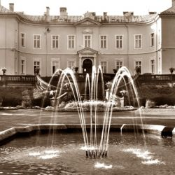 palanga-amber-museum-old-town-with-beer-ka18-gallery_1
